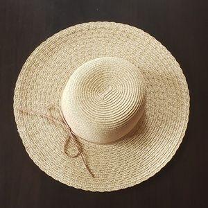 Nine West Straw Floppy Sun Hat